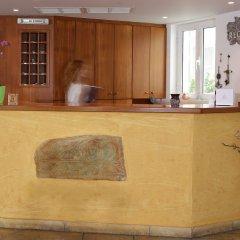 Brazzera Hotel интерьер отеля