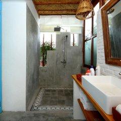 Отель Life Beach Villa ванная