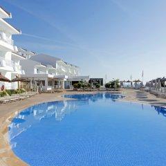 Отель Apartamentos HSM Calas Park - All Inclusive бассейн
