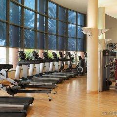 Sheraton Abu Dhabi Hotel & Resort фитнесс-зал