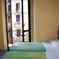 Отель Hostel Verona Италия, Милан - отзывы, цены и фото номеров - забронировать отель Hostel Verona онлайн комната для гостей
