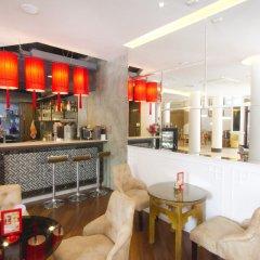 Отель China Town Бангкок гостиничный бар