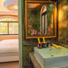 Отель Xiamen Gulangyu Sunshine Dora's House Китай, Сямынь - отзывы, цены и фото номеров - забронировать отель Xiamen Gulangyu Sunshine Dora's House онлайн ванная