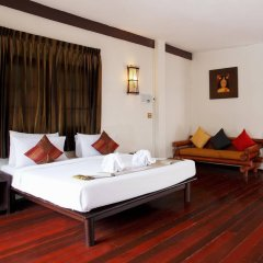 Отель Bamboo Beach Hotel And Spa Таиланд, Пхукет - 4 отзыва об отеле, цены и фото номеров - забронировать отель Bamboo Beach Hotel And Spa онлайн комната для гостей фото 3
