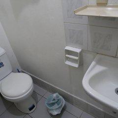 Отель The Southern Cross Hotel Филиппины, Манила - отзывы, цены и фото номеров - забронировать отель The Southern Cross Hotel онлайн ванная фото 2