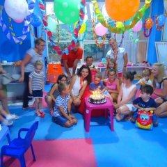Отель Sandy Beach Resort детские мероприятия