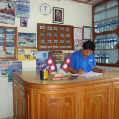 Отель OYO 198 Hotel Lake Diamond Непал, Покхара - отзывы, цены и фото номеров - забронировать отель OYO 198 Hotel Lake Diamond онлайн гостиничный бар