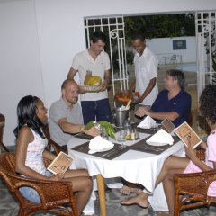 Отель San San Tropez Ямайка, Порт Антонио - отзывы, цены и фото номеров - забронировать отель San San Tropez онлайн питание фото 2