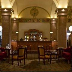 Отель Imperial Riding School Vienna, A Renaissance Вена гостиничный бар
