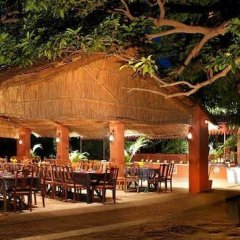 Отель WelcomHeritage Maharani Bagh Orchard Retreat гостиничный бар