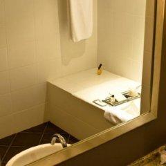 Отель Hyatt Regency Baku Азербайджан, Баку - 7 отзывов об отеле, цены и фото номеров - забронировать отель Hyatt Regency Baku онлайн сейф в номере