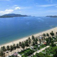 Отель Thang Long Nha Trang Вьетнам, Нячанг - 2 отзыва об отеле, цены и фото номеров - забронировать отель Thang Long Nha Trang онлайн пляж фото 2