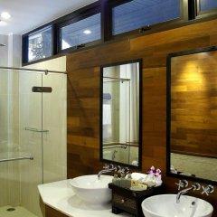 Отель Baan Krating Phuket Resort ванная