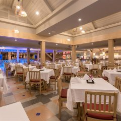 Отель Best Western Premier Bangtao Beach Resort & Spa питание