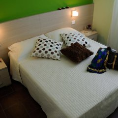 Отель Residence Margherita Италия, Римини - 1 отзыв об отеле, цены и фото номеров - забронировать отель Residence Margherita онлайн комната для гостей фото 3