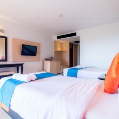 Отель Sea Breeze Jomtien Resort комната для гостей фото 7