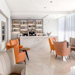 Oporto Airport & Business Hotel гостиничный бар