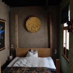 Отель B&B Villa Thibault Бельгия, Льеж - отзывы, цены и фото номеров - забронировать отель B&B Villa Thibault онлайн сейф в номере