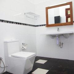 Отель Samwill Holiday Resort Шри-Ланка, Катарагама - отзывы, цены и фото номеров - забронировать отель Samwill Holiday Resort онлайн ванная