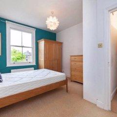 Отель 2 Bedroom Flat In North London Великобритания, Лондон - отзывы, цены и фото номеров - забронировать отель 2 Bedroom Flat In North London онлайн комната для гостей фото 2