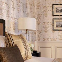 Four Seasons Hotel Prague удобства в номере