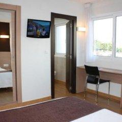 Отель Hostal Rocamar Испания, Сантандер - отзывы, цены и фото номеров - забронировать отель Hostal Rocamar онлайн удобства в номере