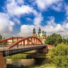 Отель Novotel Poznan Centrum Познань приотельная территория фото 2