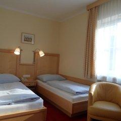 Отель Pension Katrin Австрия, Зальцбург - отзывы, цены и фото номеров - забронировать отель Pension Katrin онлайн комната для гостей