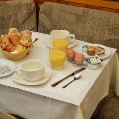 Отель Royal Elysées Франция, Париж - 3 отзыва об отеле, цены и фото номеров - забронировать отель Royal Elysées онлайн в номере фото 2