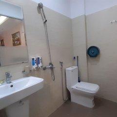 Отель OYO 833 Hoang Gia Motel Ханой ванная