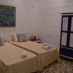 Отель Lee's House boutique bed and breakfast Мальта, Слима - отзывы, цены и фото номеров - забронировать отель Lee's House boutique bed and breakfast онлайн комната для гостей