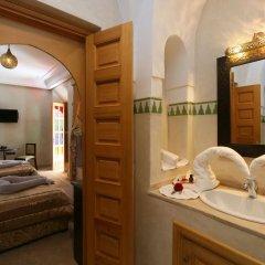 Отель Riad Zaki ванная фото 2