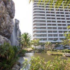 Отель R-Con Wong Amat Suite бассейн фото 4