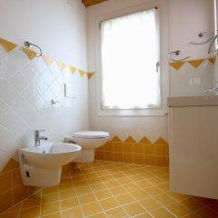 Отель Ca di Fiore Италия, Мира - отзывы, цены и фото номеров - забронировать отель Ca di Fiore онлайн ванная фото 2