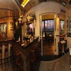 Gordon Hotel & Lounge гостиничный бар