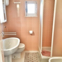 Отель La Rosa Del Mare ванная фото 2