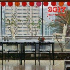 Отель Heaven Pool Youth Hostel Китай, Чэнду - отзывы, цены и фото номеров - забронировать отель Heaven Pool Youth Hostel онлайн гостиничный бар