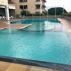 Отель Aunchaleena Grand Бангкок бассейн фото 3