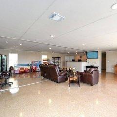 Instalodge Hotel And Suites интерьер отеля
