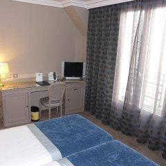 Отель Best Western Hôtel Victor Hugo удобства в номере