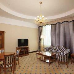 Гостиница Гранд-отель «Тянь-Шань» Казахстан, Алматы - 2 отзыва об отеле, цены и фото номеров - забронировать гостиницу Гранд-отель «Тянь-Шань» онлайн комната для гостей фото 2