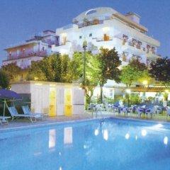 Отель Residence Record Римини бассейн фото 3