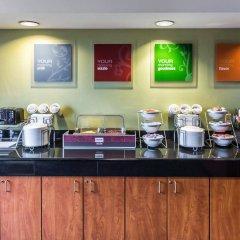 Отель Comfort Suites Manassas Battlefield Park питание фото 3