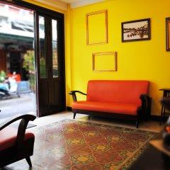 Отель Focal Local Bed And Breakfast Бангкок интерьер отеля