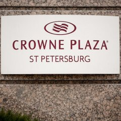 Гостиница Crowne Plaza St.Petersburg-Ligovsky (Краун Плаза Санкт-Петербург Лиговский) парковка