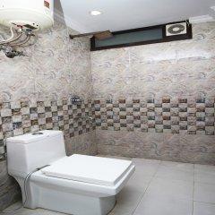 OYO 4883 Duke Hotel ванная