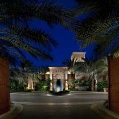 Отель Jumeirah Dar Al Masyaf - Madinat Jumeirah ОАЭ, Дубай - 2 отзыва об отеле, цены и фото номеров - забронировать отель Jumeirah Dar Al Masyaf - Madinat Jumeirah онлайн вид на фасад