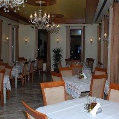 Отель Vila Zeus Албания, Тирана - отзывы, цены и фото номеров - забронировать отель Vila Zeus онлайн питание фото 2