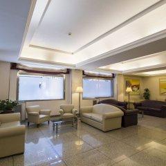 Hotel Mediterraneo интерьер отеля