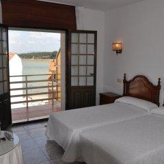 Отель Hostal Mourelos Испания, Эль-Грове - отзывы, цены и фото номеров - забронировать отель Hostal Mourelos онлайн комната для гостей фото 4